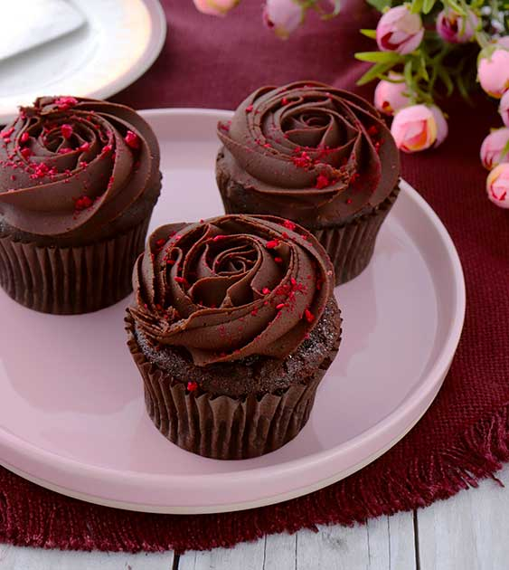 Double-Chocolate-and-Raspberry-Cupcakes.jpg