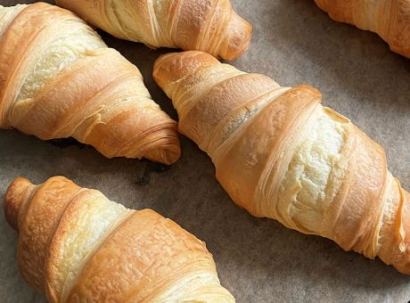 Rocket-Foods-Ready-to-Bake-Pastry-2.jpg