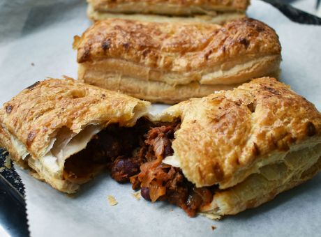 Rocket-Foods-Chilli-Beef-and-Bean-Pasty-11-RF-Site.jpg