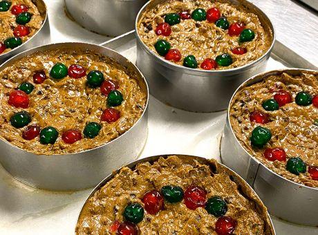 Christmas-Cakes-Rocket-Foods.jpg