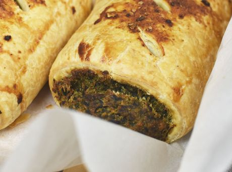 Spinach-and-Chickpea-Sausage-Roll-Rocket-Foods.jpg