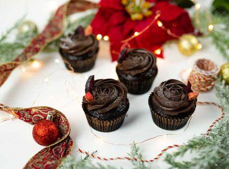 Christmas-Cupcakes---Rocket-Foods-2.jpg
