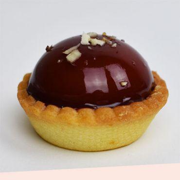 Caramel and Praline Petit Four