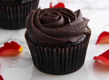 Valentine's Day Cupcakes - RF site.jpg