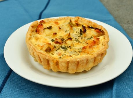 Salmon-and-Leek-Quiche.jpg